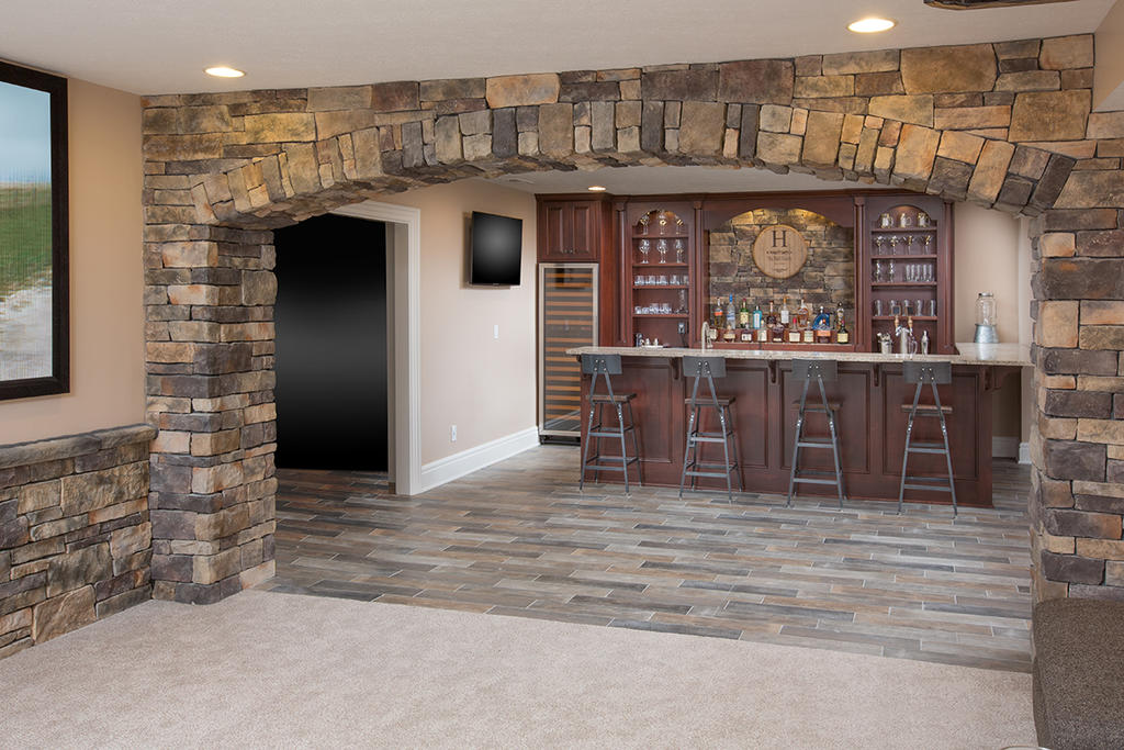 Stone Backsplash, Accent Wall & Arch