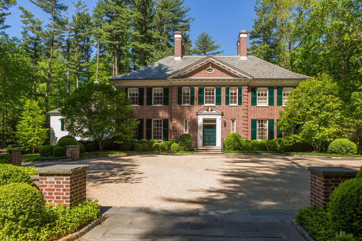 Brick Home with Scotch Tradition Handmade & Brandywine Handmade