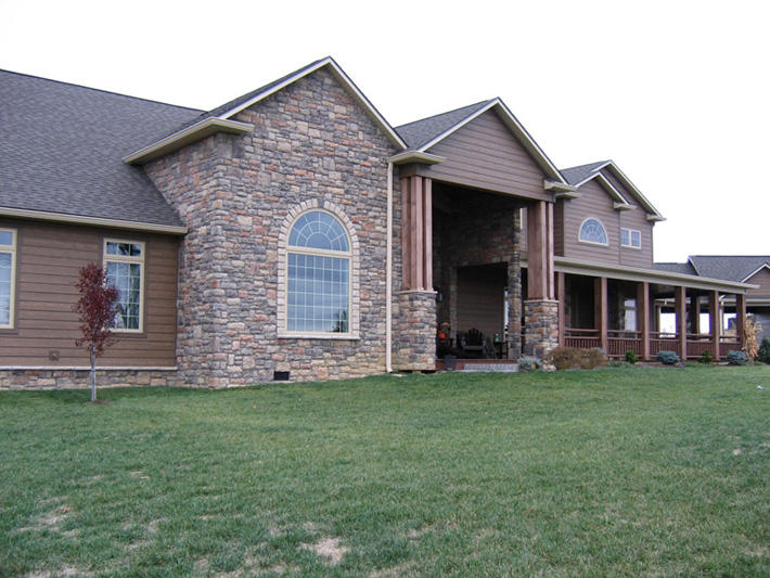 Stone Home with Amherst Limestone